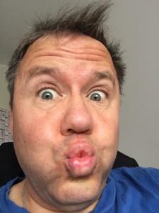 Selfie Tobias Schrödel ungeschminkt